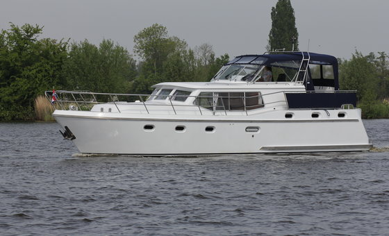 Mercurius (Drait Advantage 42) for hire